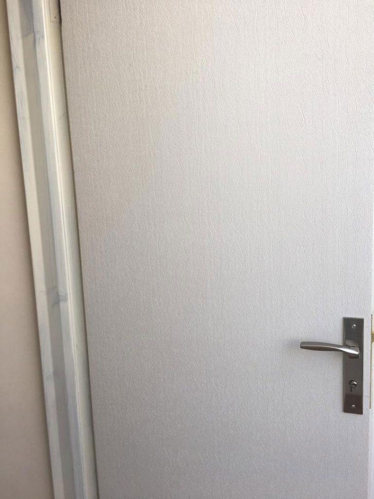 درب ضد آب abs طرح سفید چرمی